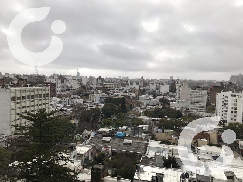 Foto Departamento en Venta en  Pocitos ,  Montevideo  VENTA apartamento CON RENTA