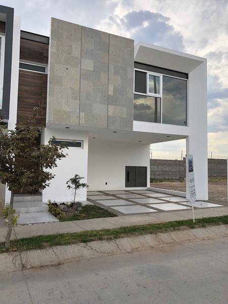 Venta casa Nueva, Sierra Nogal, Rec. Planta B, Jacarandas 42 León Gto