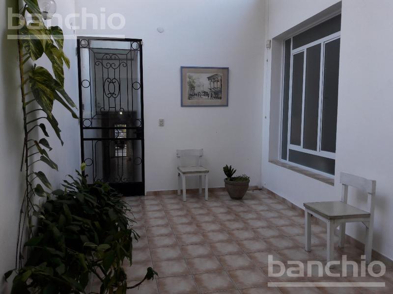 NECOCHEA al 1200, Rosario, Santa Fe. Venta de Casas - Banchio Propiedades. Inmobiliaria en Rosario