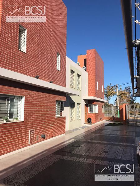 Foto Casa en Venta en  Desamparados,  Capital  Duplex Complejo Bella Vista