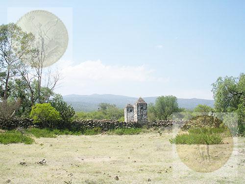 Foto Terreno en Venta |  en  Pueblo La Sabinita,  Huichapan  Precioso terreno plano