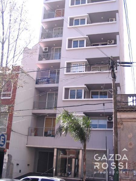 Foto Departamento en Alquiler en  Lomas De Zamora ,  G.B.A. Zona Sur  SAENZ al 100