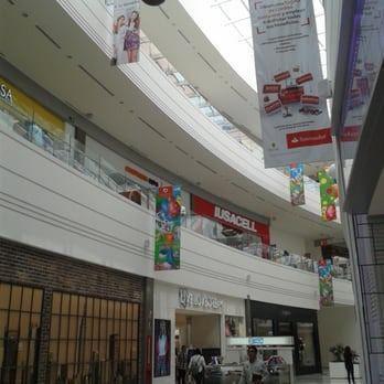 Foto Local en Renta en  Ampliacion Aquiles Serdán,  Puebla  SKG Asesores Inmobiliarios Renta-Traspaso Local 206.12 m2 en Plaza Galerías Serdan. Puebla