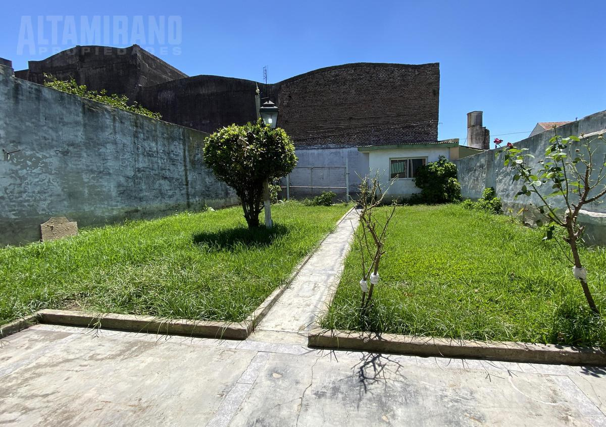 Foto PH en Venta en  Villa Ballester,  General San Martin  Chivilcoy al 5200 entre Lamadrid y San Lorenzo