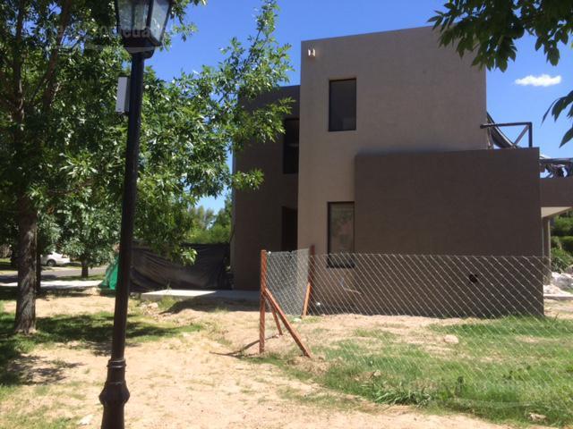 Foto Casa en Venta en  San Isidro Labrador,  Villanueva  Barrio San Isidro Labrador