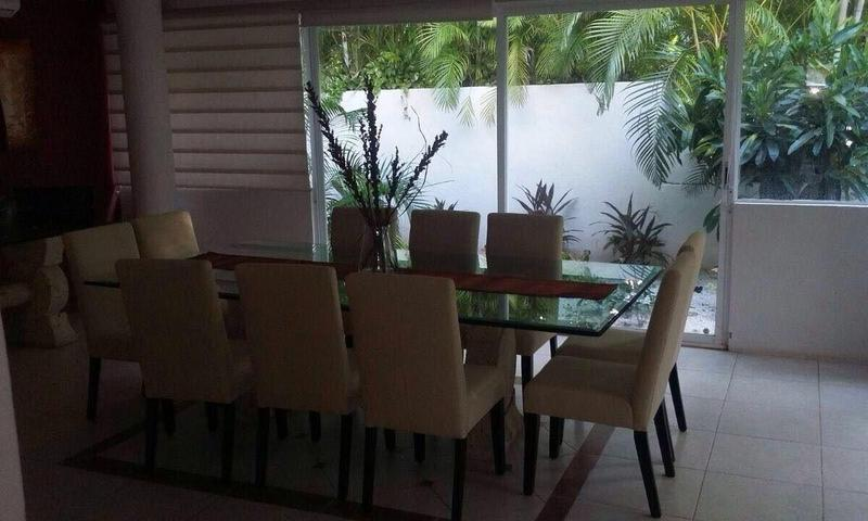 Foto Casa en condominio en Venta en  Isla Dorada,  Cancún  Residencia en venta en Isla Dorada, Zona Hotelera, Cancún