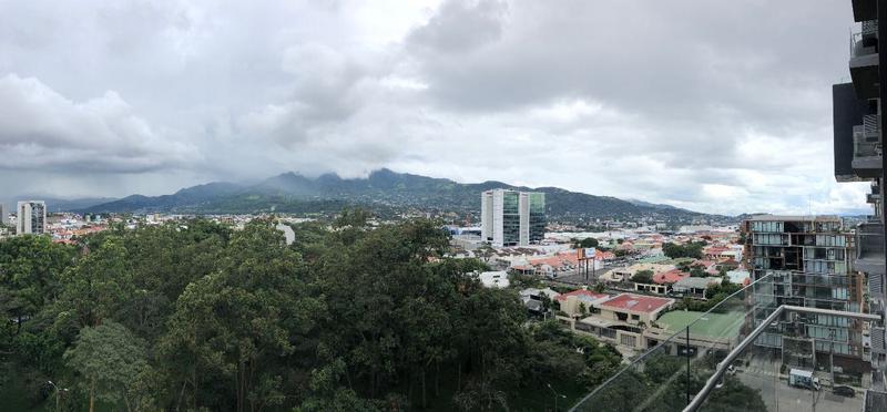 Foto Departamento en Venta en  Pavas,  San José  Apartamento en condominio de dos plantas en Rohrmoser