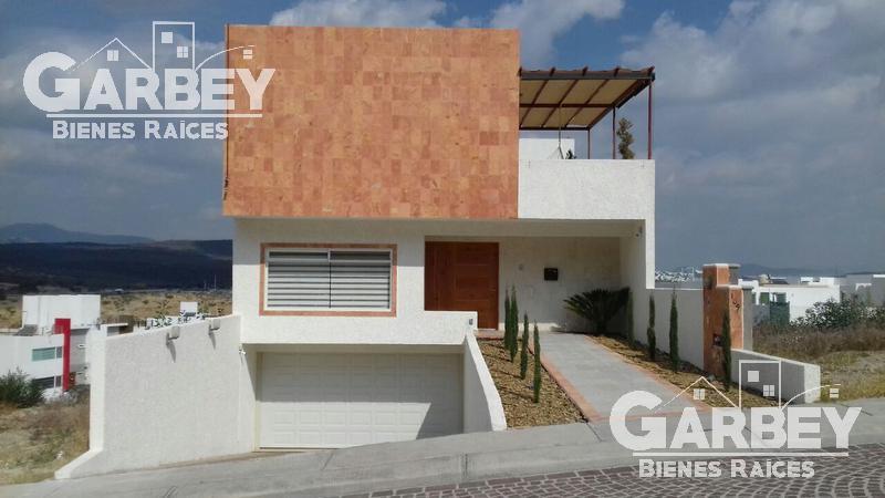 Foto Casa en Venta en  Fraccionamiento Cumbres del Lago,  Querétaro  PRECIOSA CASA EN VENTA EN CUMBRES DEL LAGO
