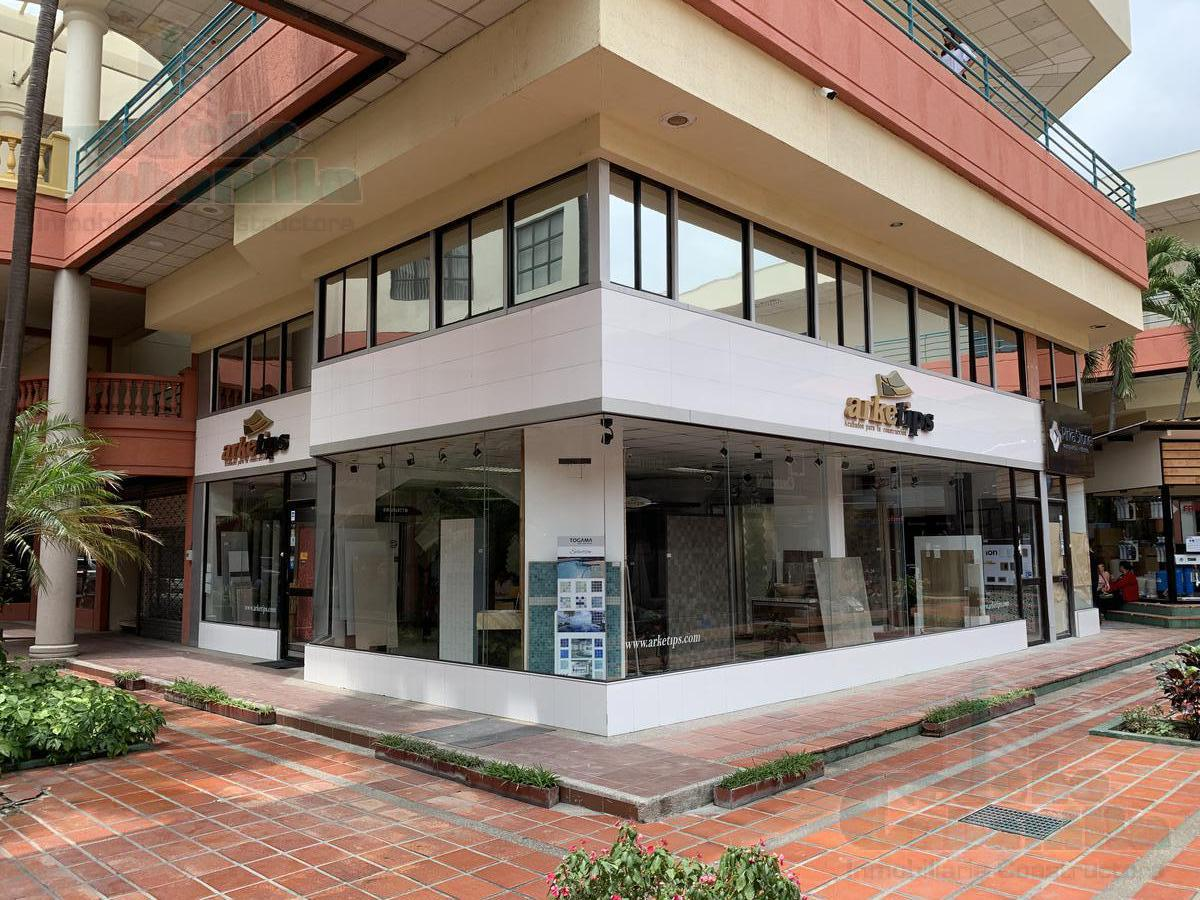 Foto Local en Venta en  Norte de Guayaquil,  Guayaquil  VENTA DE LOCAL COMERCIAL ESQUINERO JUAN TANCA MARENGO
