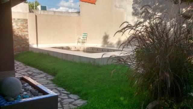 Foto Casa en Venta en  Haedo,  Moron  Las Bases 400