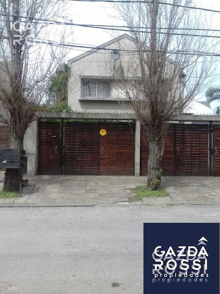 Foto PH en Venta en  Adrogue,  Almirante Brown  General Paz 138