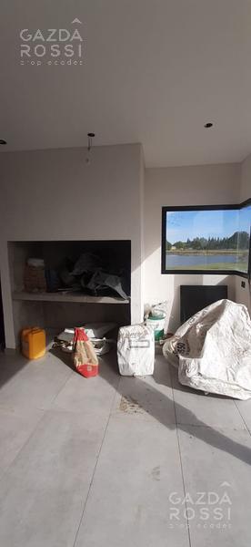 Foto Casa en Venta en  Horizontes al sur,  Guernica  Moderna Propiedad Horizontes al Sur