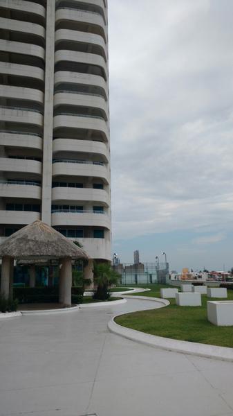 Foto Departamento en Renta en  Fraccionamiento Costa de Oro,  Boca del Río  Departamento de Lujo AMUEBLADO Torre JV (PISO 23) en Boca del Rio, Ver