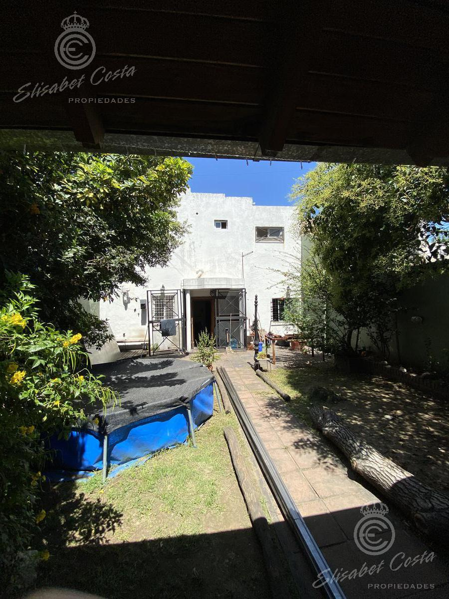 Foto Casa en Venta en  Gerli,  Avellaneda  Caxaraville  1122