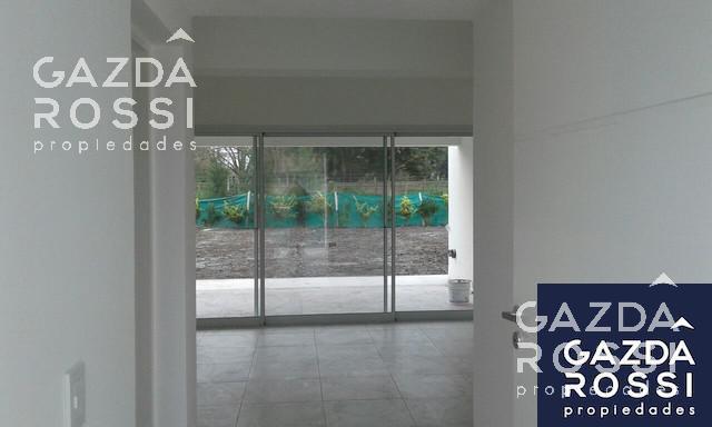 Foto Casa en Venta en  Santa Juana,  Canning (E. Echeverria)  juana de arco al 6100