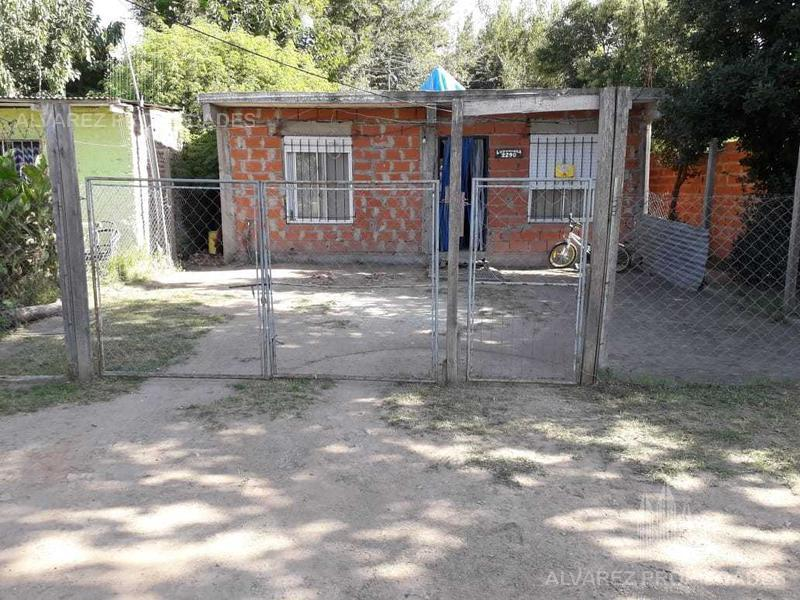 Foto Casa en Venta en  Moreno ,  G.B.A. Zona Oeste  Luzuriaga al 2200