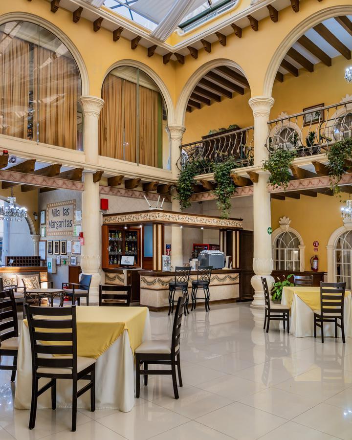 Rafael Lucio Hotel for Venta scene image 3