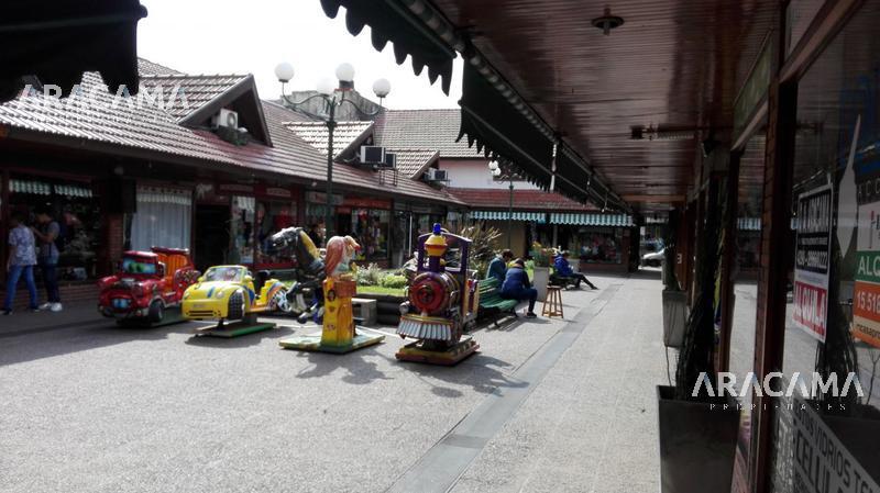 Foto Local en Venta en  Monte Grande,  Esteban Echeverria  Alem al 300