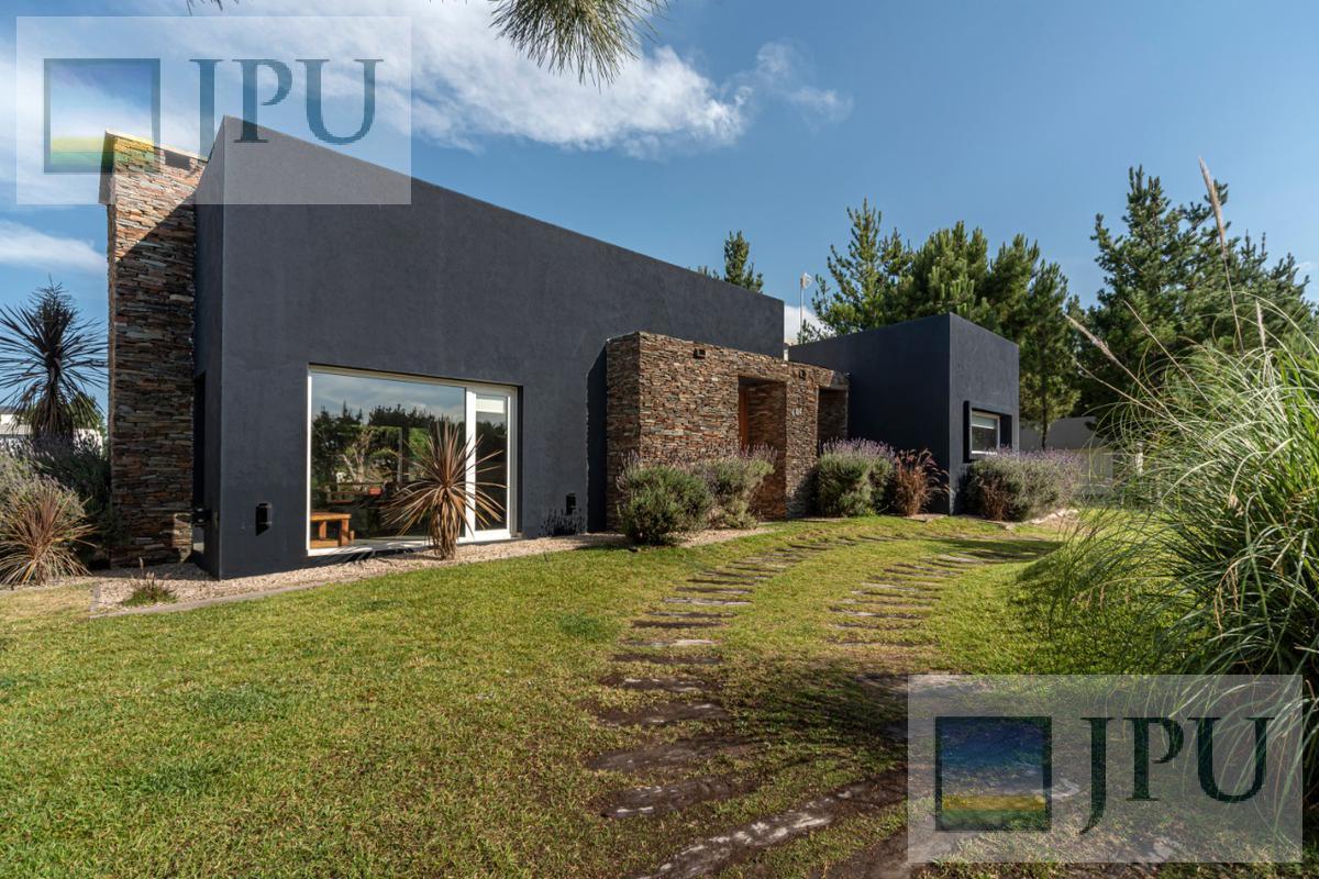 Foto Casa en Venta en  Costa Esmeralda,  Punta Medanos  Residencial I 484