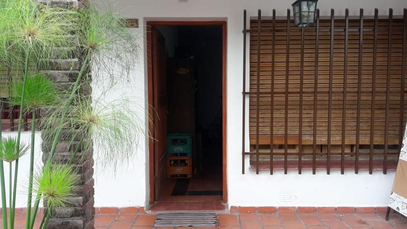 Foto Casa en Venta en  Yofre Sud,  Cordoba Capital  CASA EN YOFRE SUR EN VENTA.