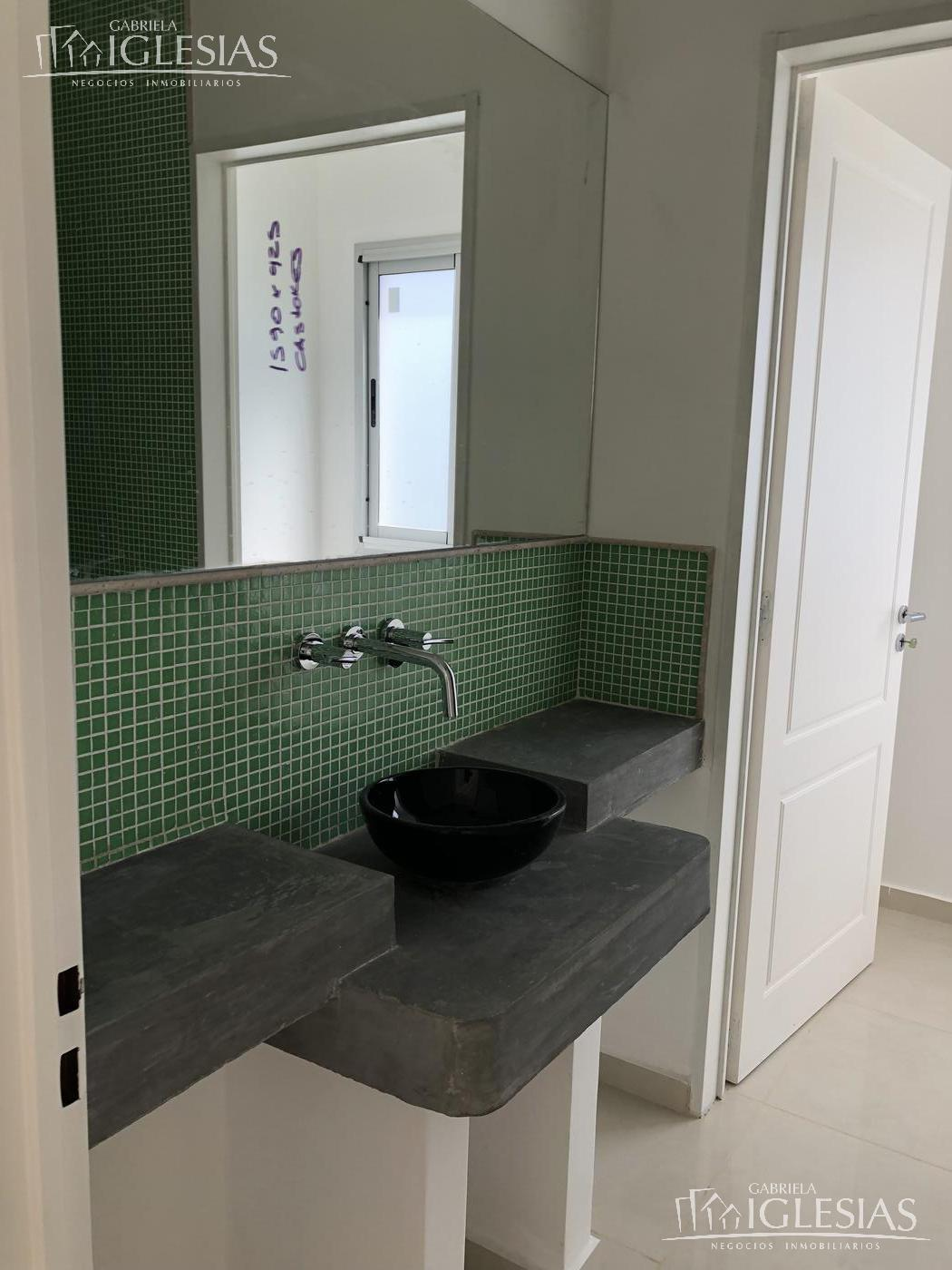 Casa en Venta en Los Castores a Venta - u$s 740.000