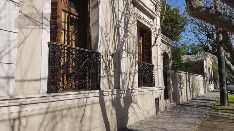 Foto Casa en Venta en  Adrogue,  Almirante Brown  MITRE 1848