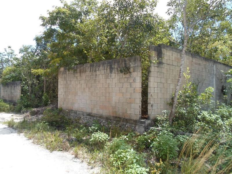 Foto Terreno en Venta en  Alamos II,  Cancún  Se Vende Terreno De 1000 Metros2 En Cancun Alamos II