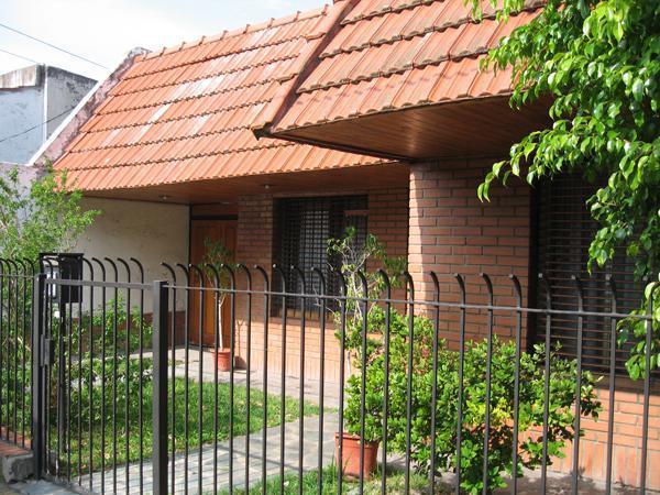 Foto Casa en Venta en  La Plata,  La Plata  54 N°: 1.774 e/ 30 y 31.-