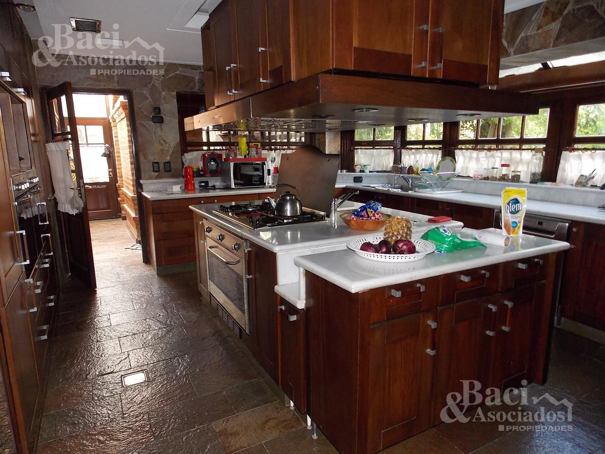 Foto Casa en Venta | Alquiler en  Saint Thomas,  Countries/B.Cerrado (E. Echeverría)  ruta 58