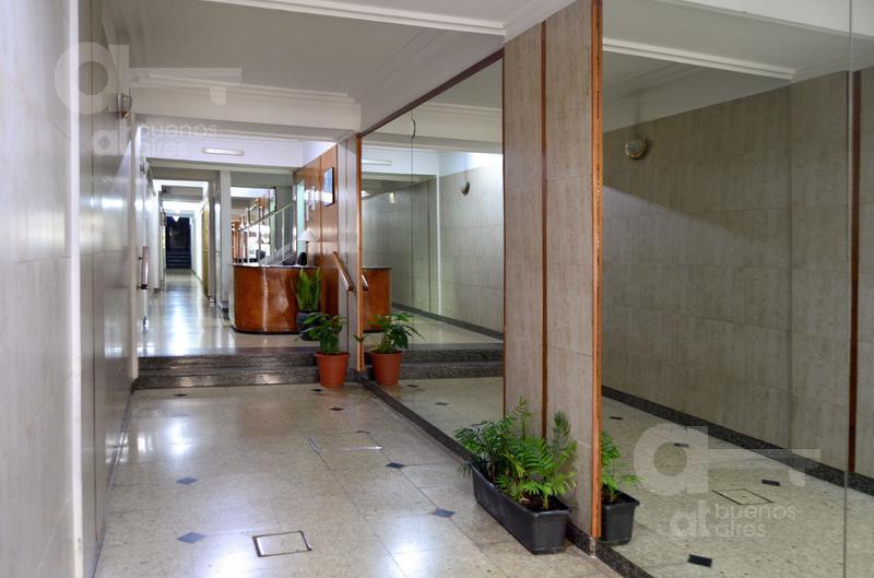 Foto Departamento en Alquiler temporario en  Balvanera ,  Capital Federal  Peron al 2000