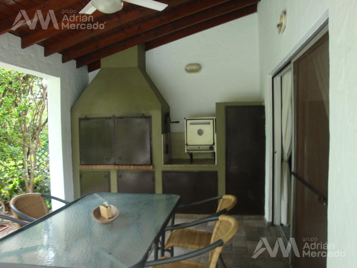 Foto Casa en Alquiler temporario | Alquiler en  Aranjuez,  Countries/B.Cerrado (Escobar)  Aranjuez C.c. , Alt. Panamericana km 46,5, Acceso Campana