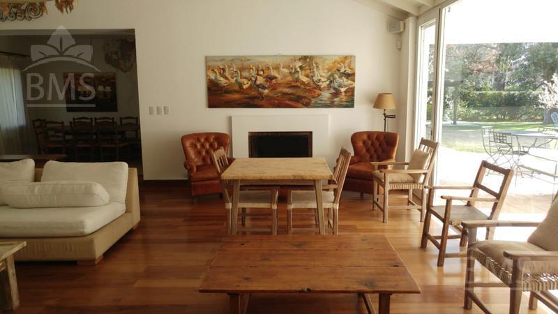 Foto Casa en Alquiler en  Tortugas C.C,  Countries/B.Cerrado  Tortugas Country Club