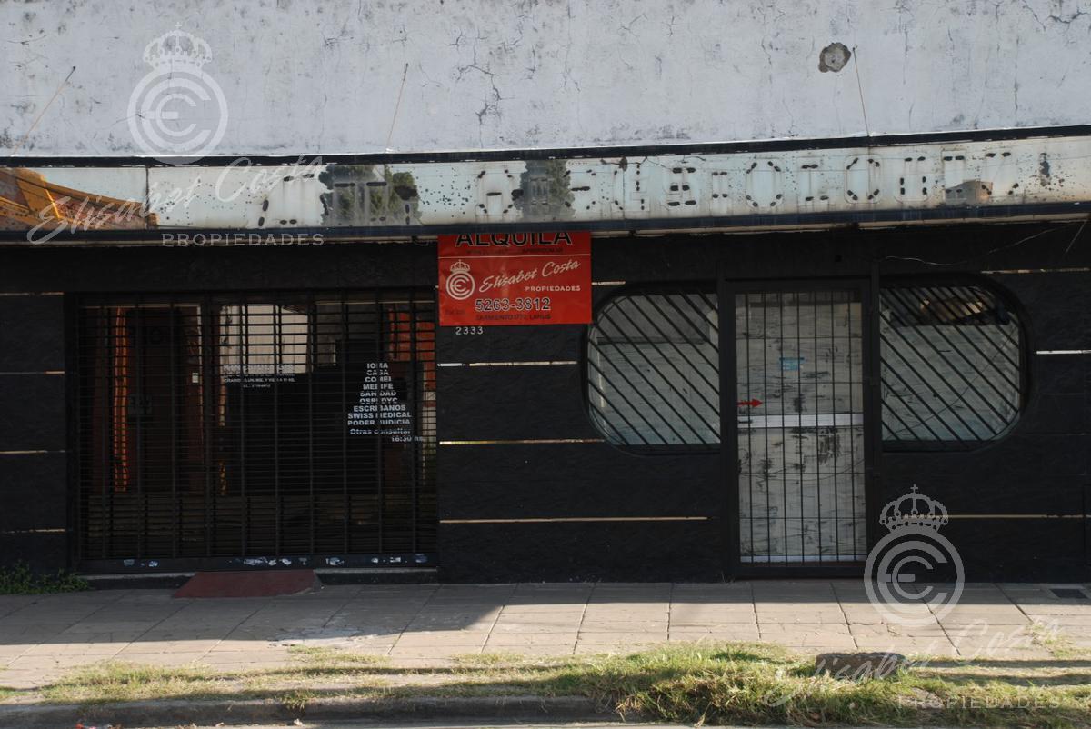 Foto Local en Alquiler en  Lanús Este,  Lanús  Eva Perón al 2300