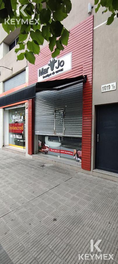 Foto Local en Alquiler en  Los Hornos,  La Plata  137/ 65 y 66
