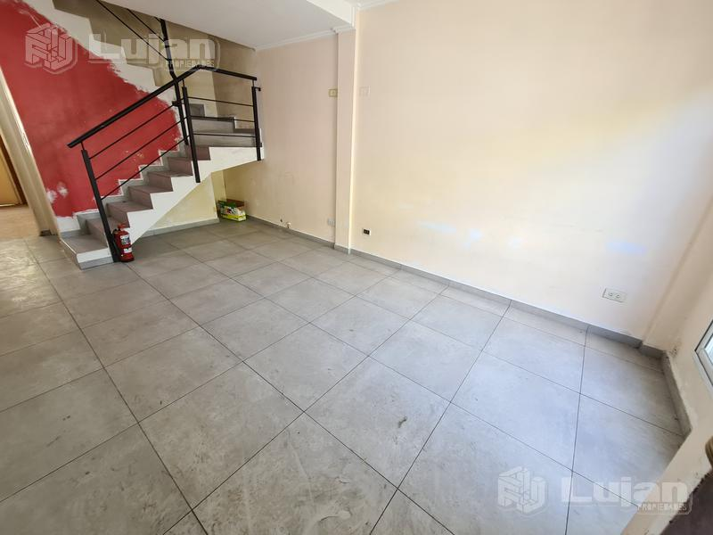 Foto PH en Venta en  Mataderos ,  Capital Federal  Escalada al 1400