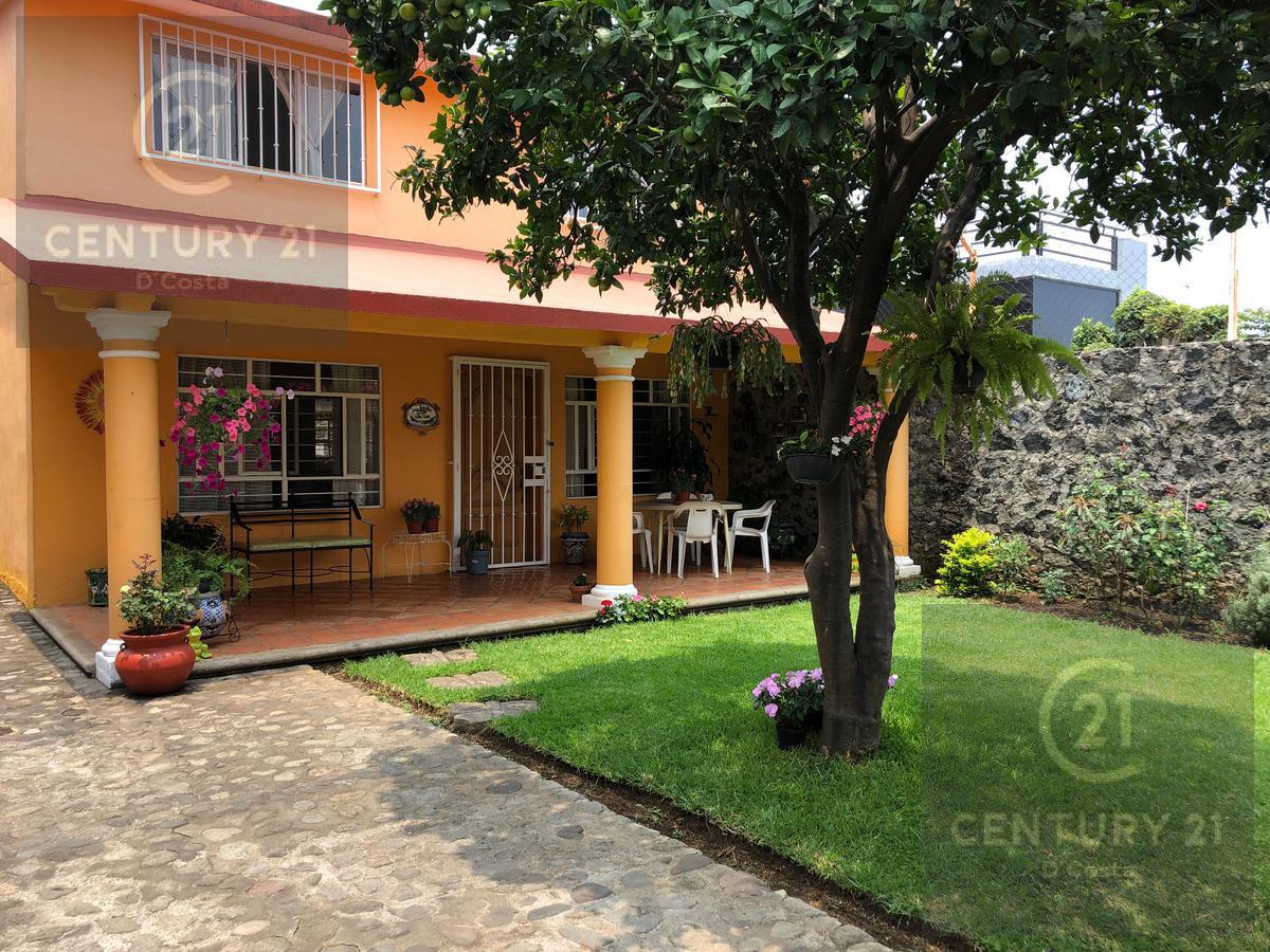 Foto Casa en Venta en  Lomas de Tetela,  Cuernavaca  Casa Lomas de Tetela, Cuernavaca