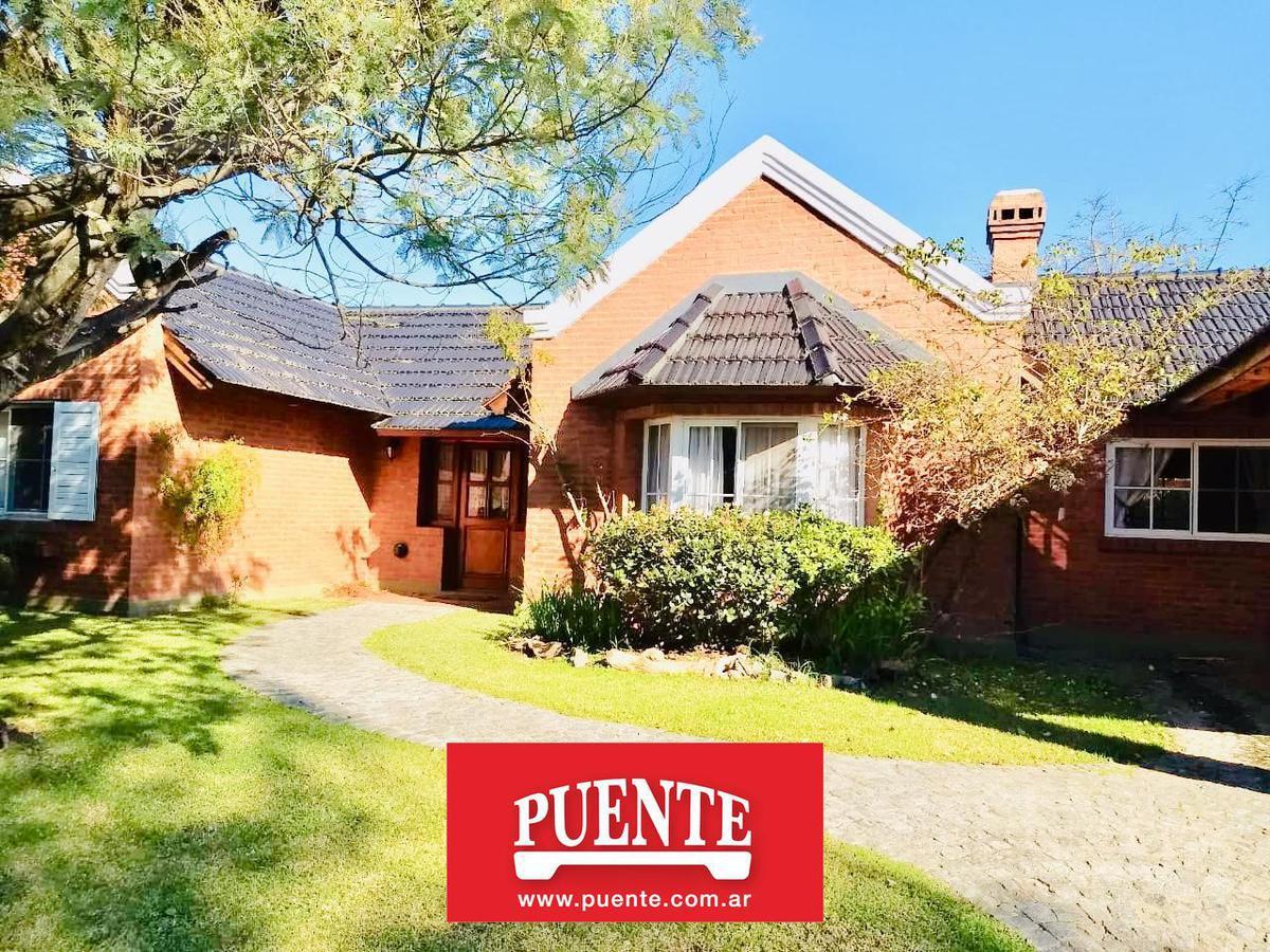 Foto Casa en Venta en  Campos De Echeverria,  Countries/B.Cerrado (E. Echeverría)  Campos de Echeverria lote al 200