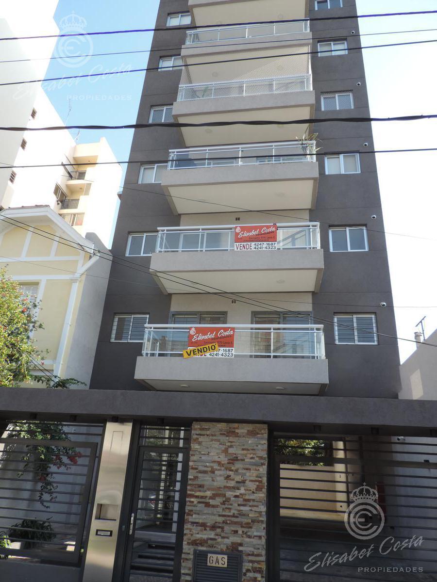 Foto Departamento en Venta en  Lanús Este,  Lanús  Arturo Illia 1085