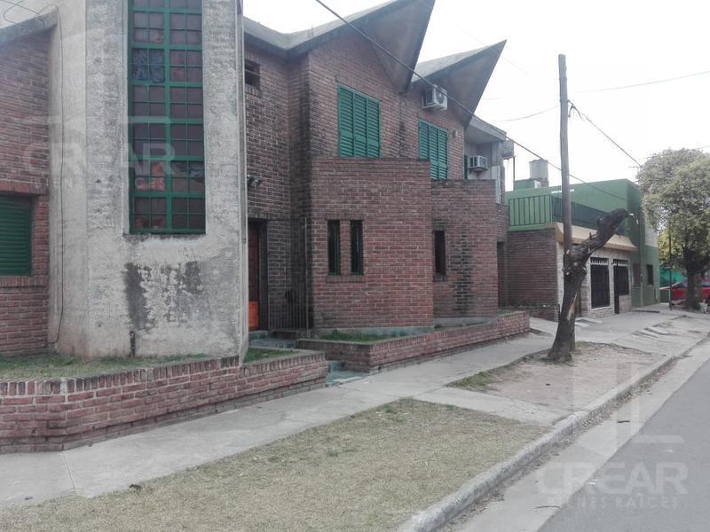 Foto Casa en Venta en  Los Pinos,  Cordoba Capital  Pje. Scott 3709