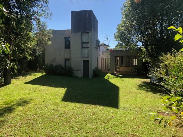 Foto Casa en Venta en  Escobar ,  G.B.A. Zona Norte  Colectora Panamericana Km 37