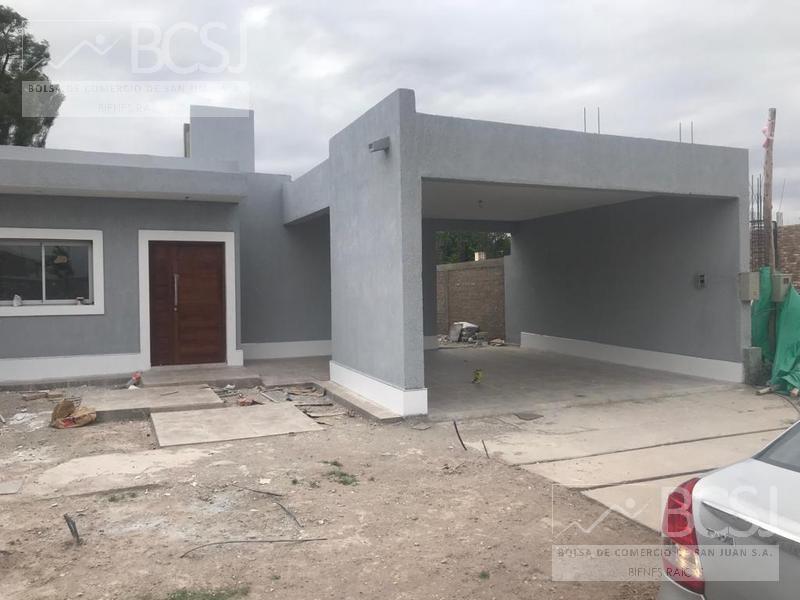 Foto Casa en Venta en  Santa Lucia ,  San Juan  B° Privado El Sauce