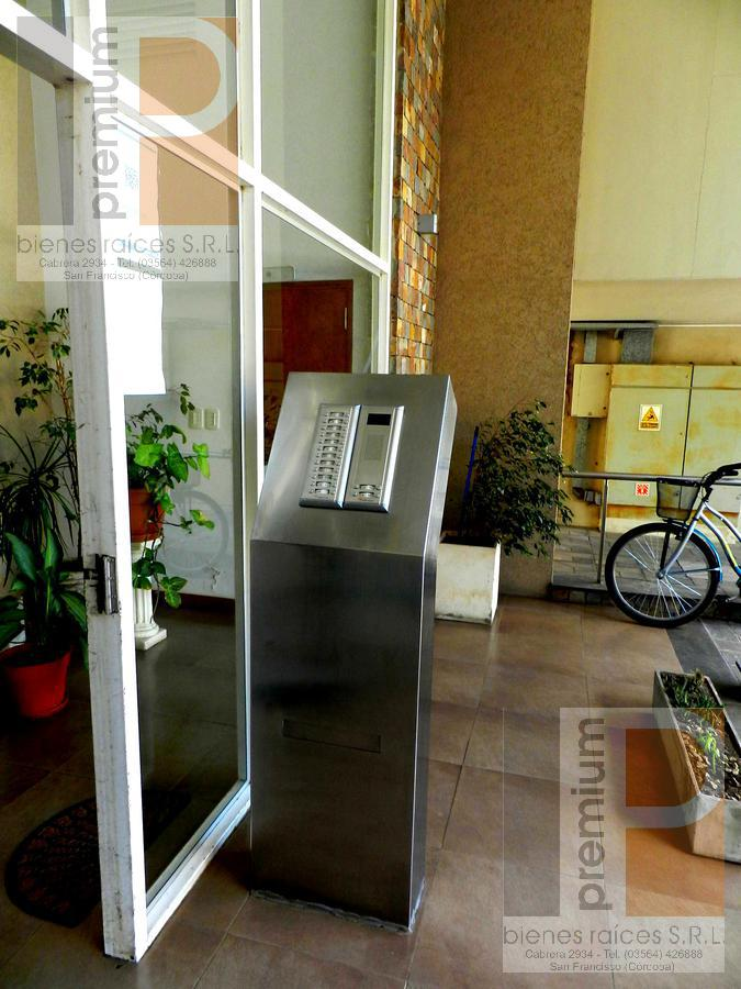 Foto Departamento en Venta en  Catedral,  San Francisco  Dante Alighieri al 2000