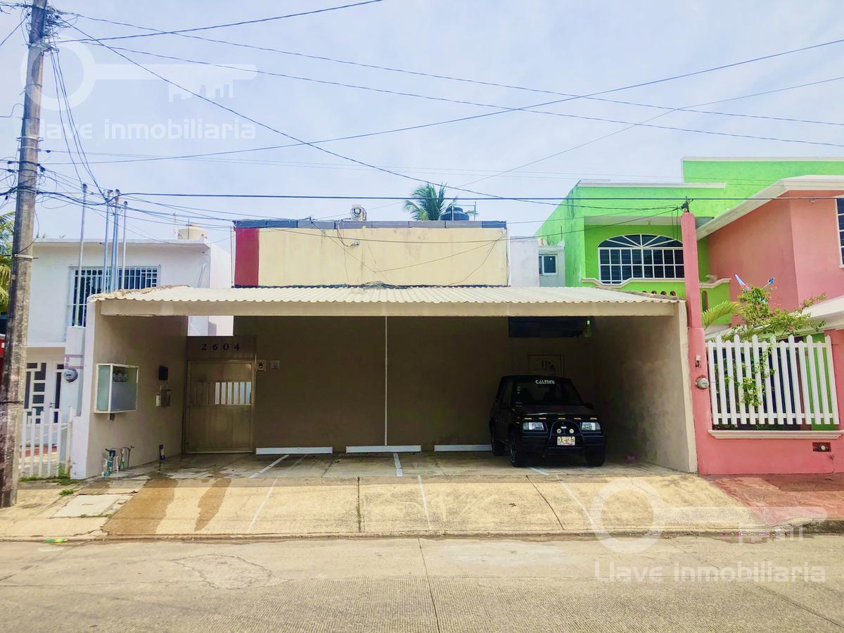 Foto Casa en Venta en  Puerto México,  Coatzacoalcos  Casa en Venta, Cuauhtemoc, Col. Puerto México