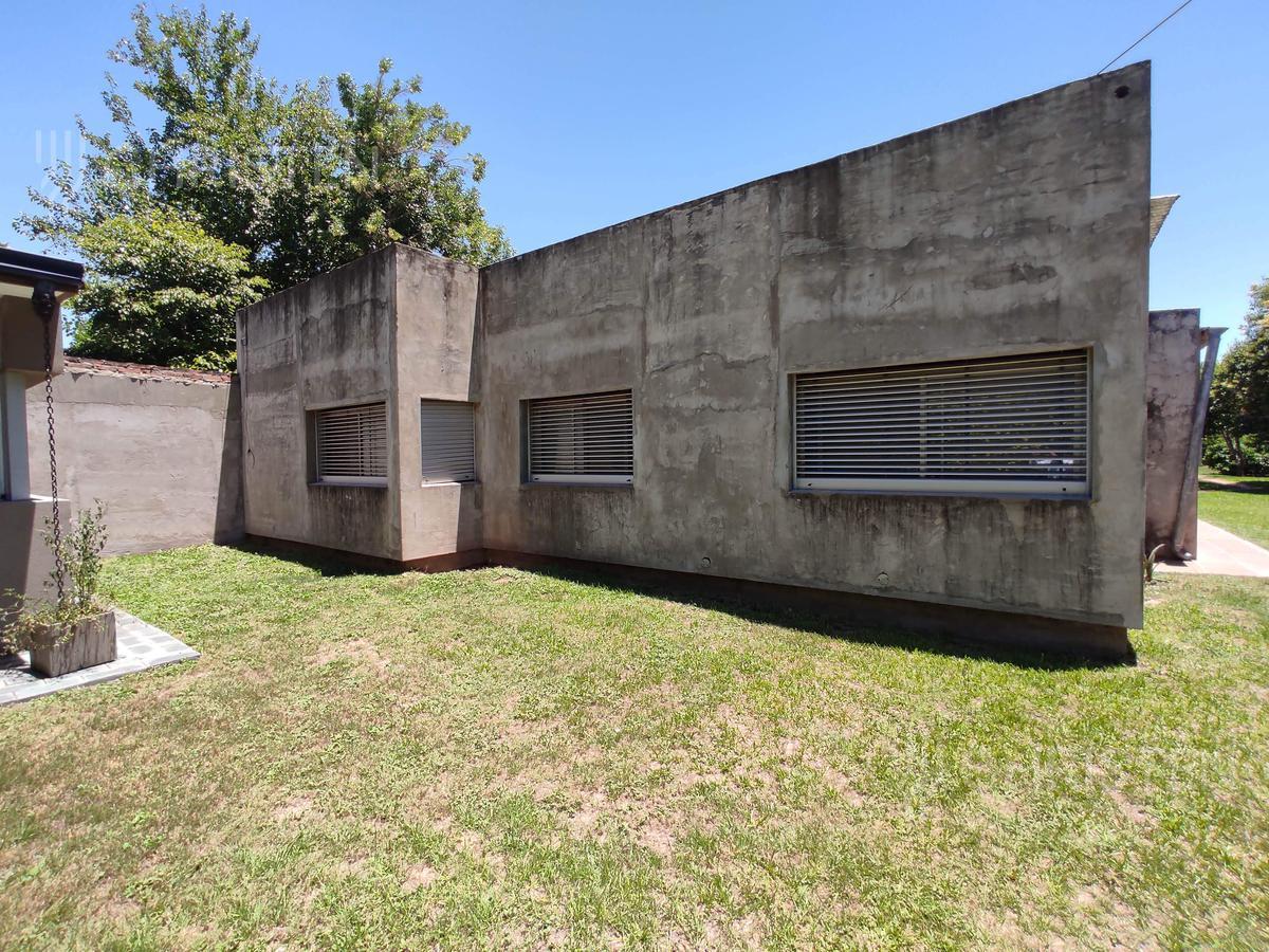 Foto Casa en Venta en  Colastine Norte,  La Capital  Timboes 6900