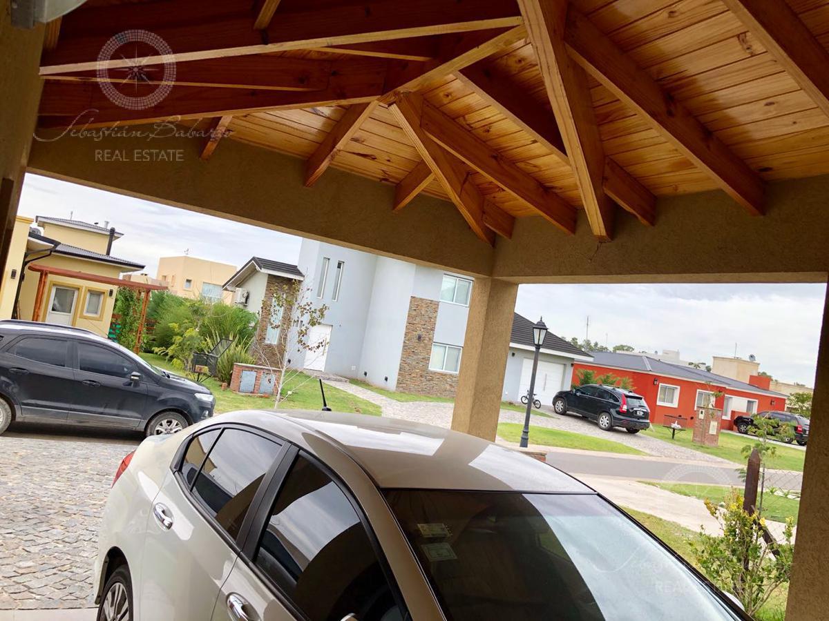 Foto Casa en Venta en  La Horqueta de Echeverría,  Countries/B.Cerrado  La Horqueta de Echeverria