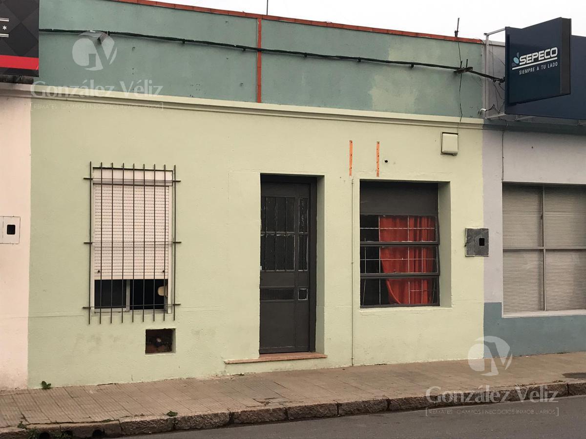 Foto Casa en Alquiler en  Carmelo ,  Colonia  Uruguay casi 25 de mayo