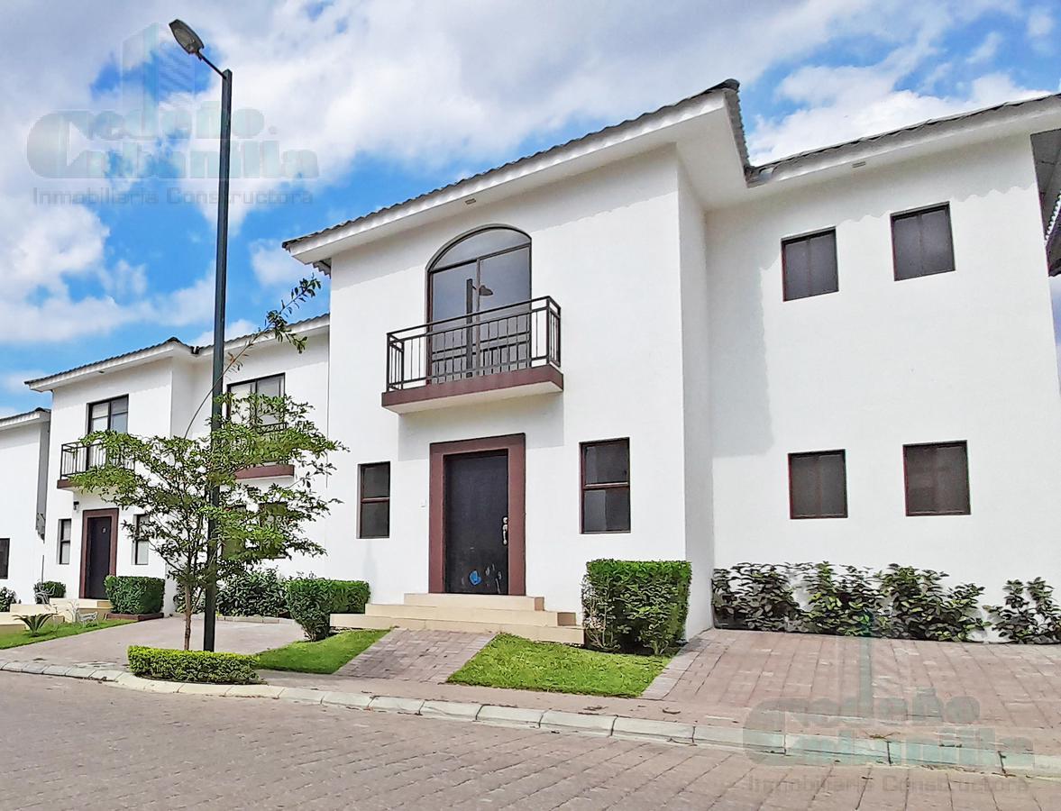 Foto Casa en Venta en  Vía a la Costa,  Guayaquil  VENTA DE LINDA VILLA 4 DORMITORIOS  URB. VIA A LA COSTA