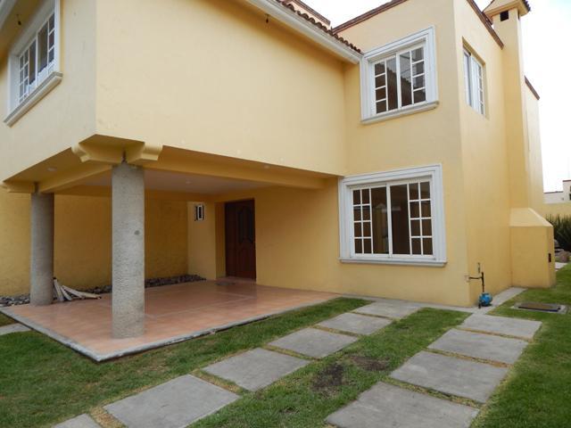 Foto Casa en Renta en  San Jerónimo Chicahualco,  Metepec  Casa en renta Metepec