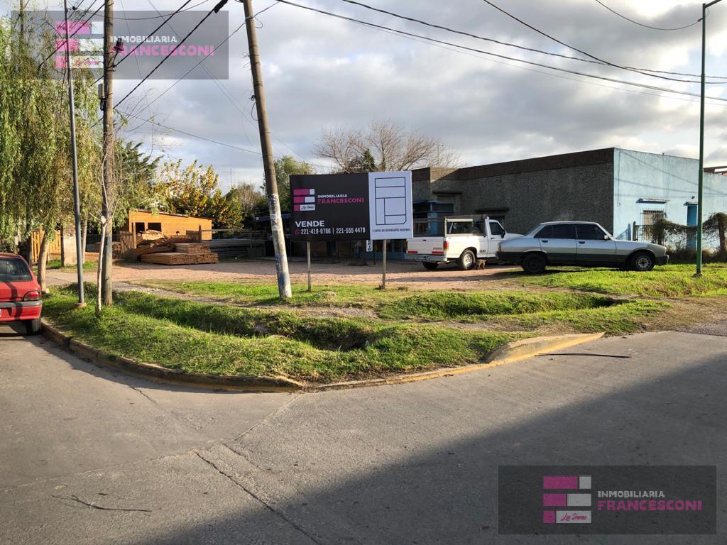 Foto Terreno en Venta en  Joaquin Gorina,  La Plata  485 esq 134