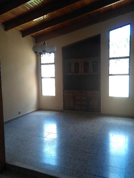 Foto Casa en Renta en  Tres Caminos,  Distrito Central  CASA IDEAL CON ESPACIOS  GRANDE UNA BODEGA INCLUIDA  COL. TRES CAMINOS TEGUCIGALPA